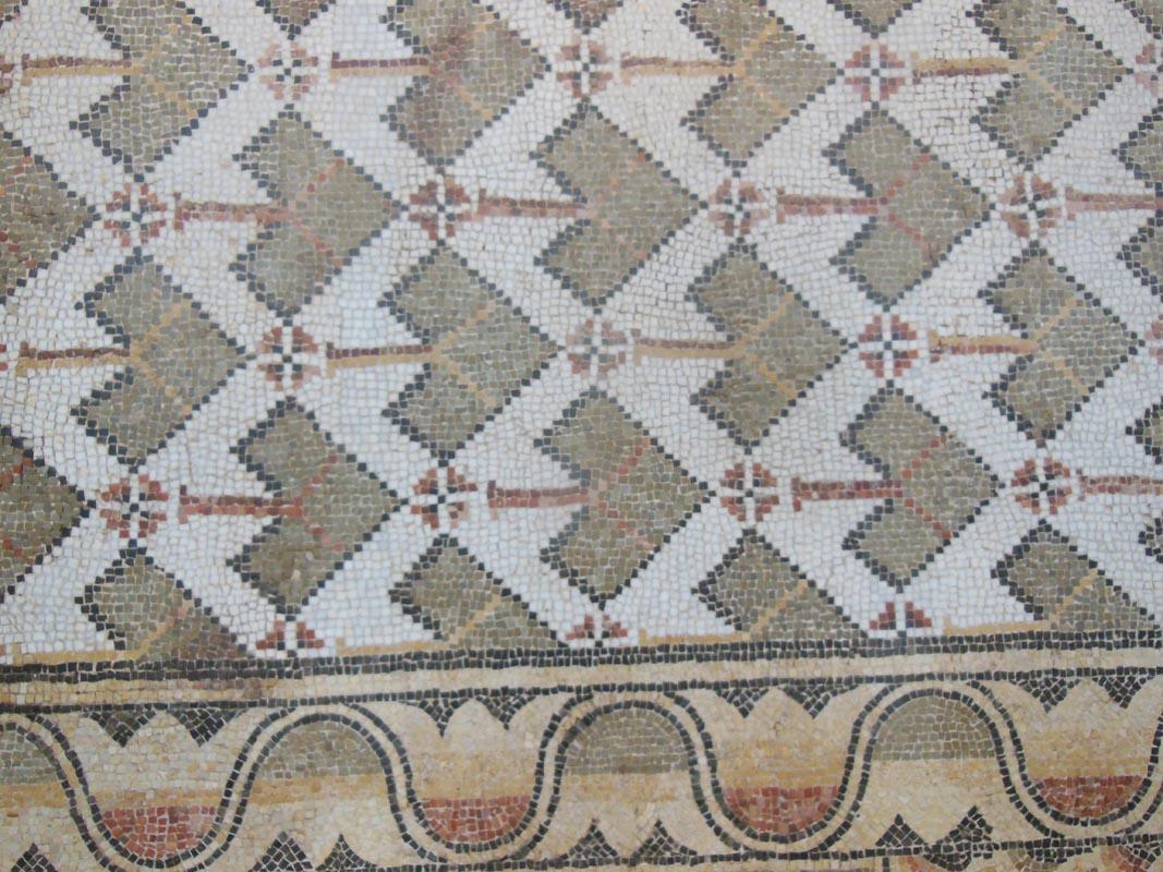 museu basilica tile