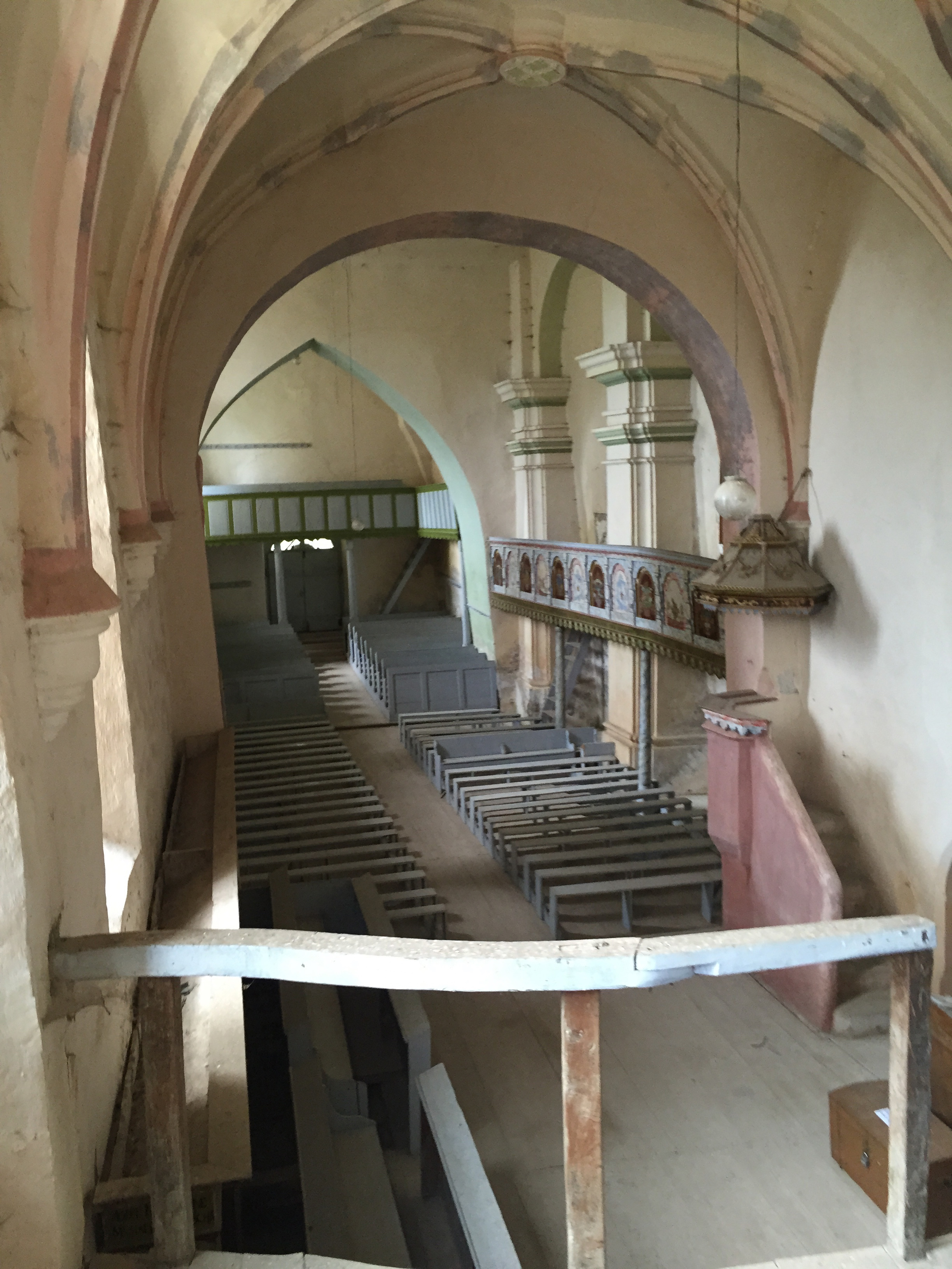 daia fort church interior