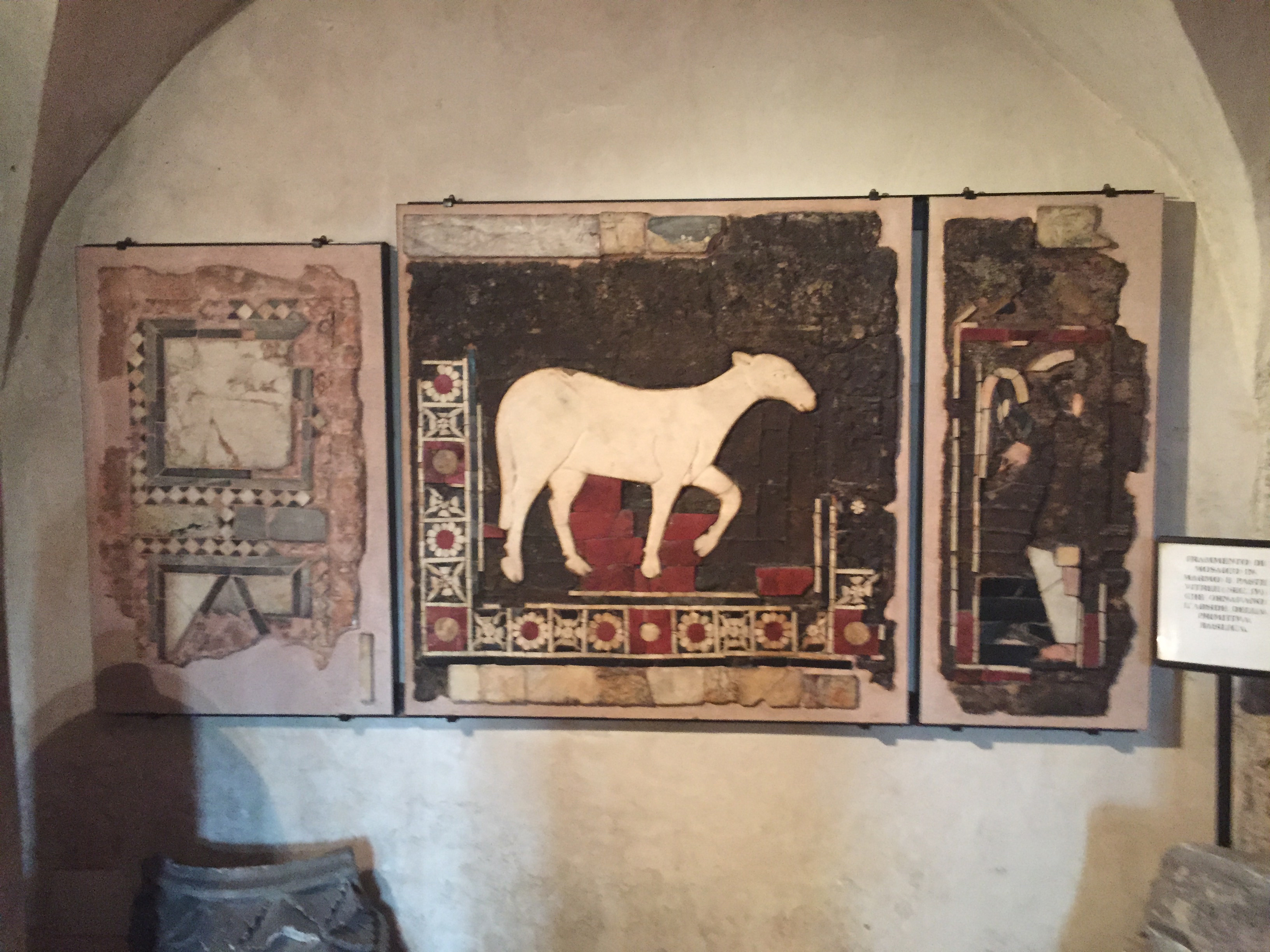 S. Ambrogio T 4th c mosaic