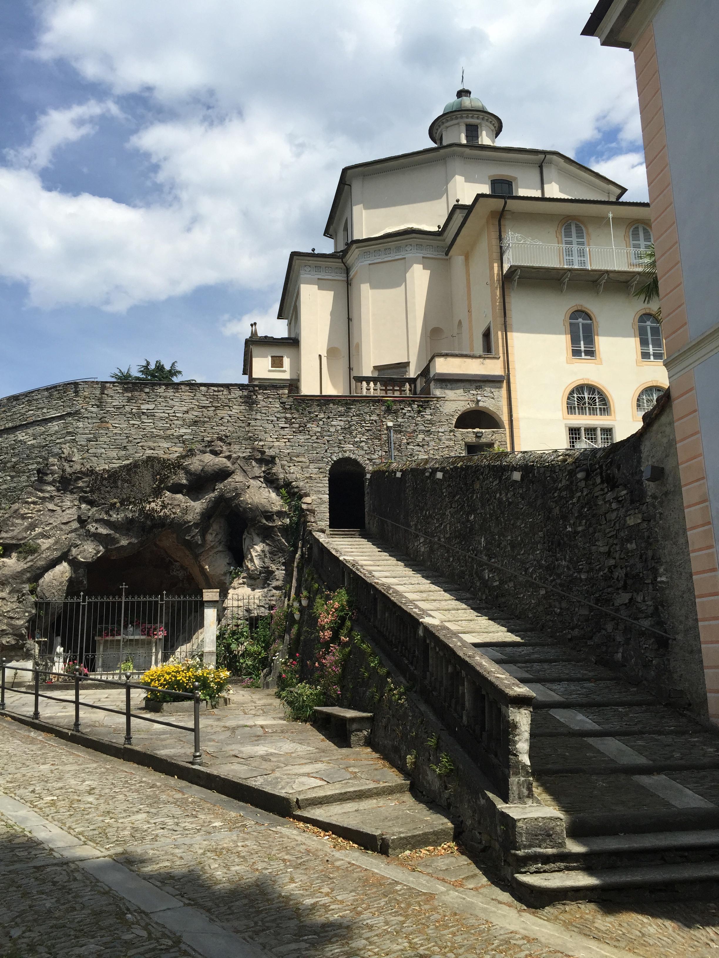 sacro with grotto