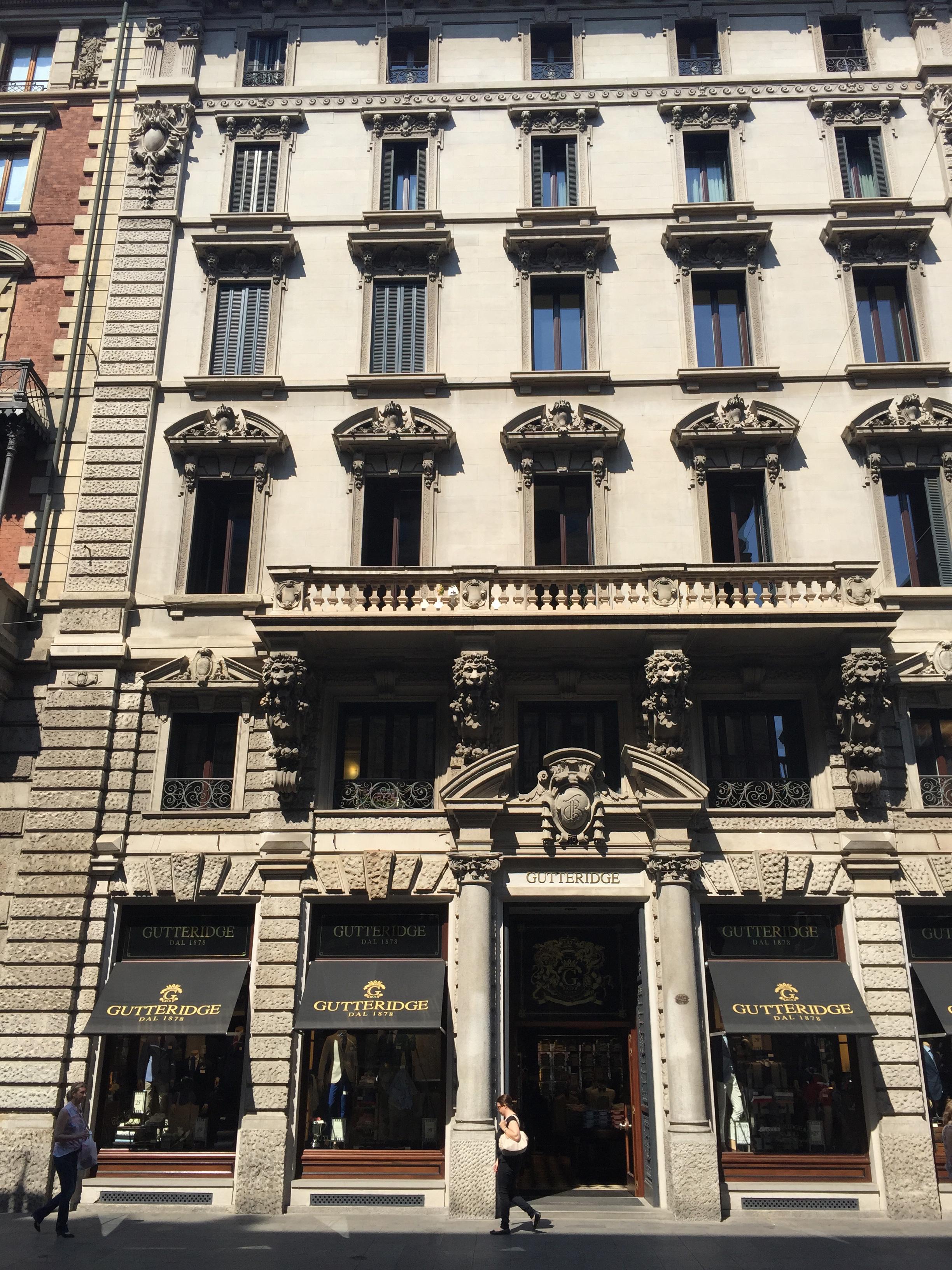 Via Dante facade Gutteridge