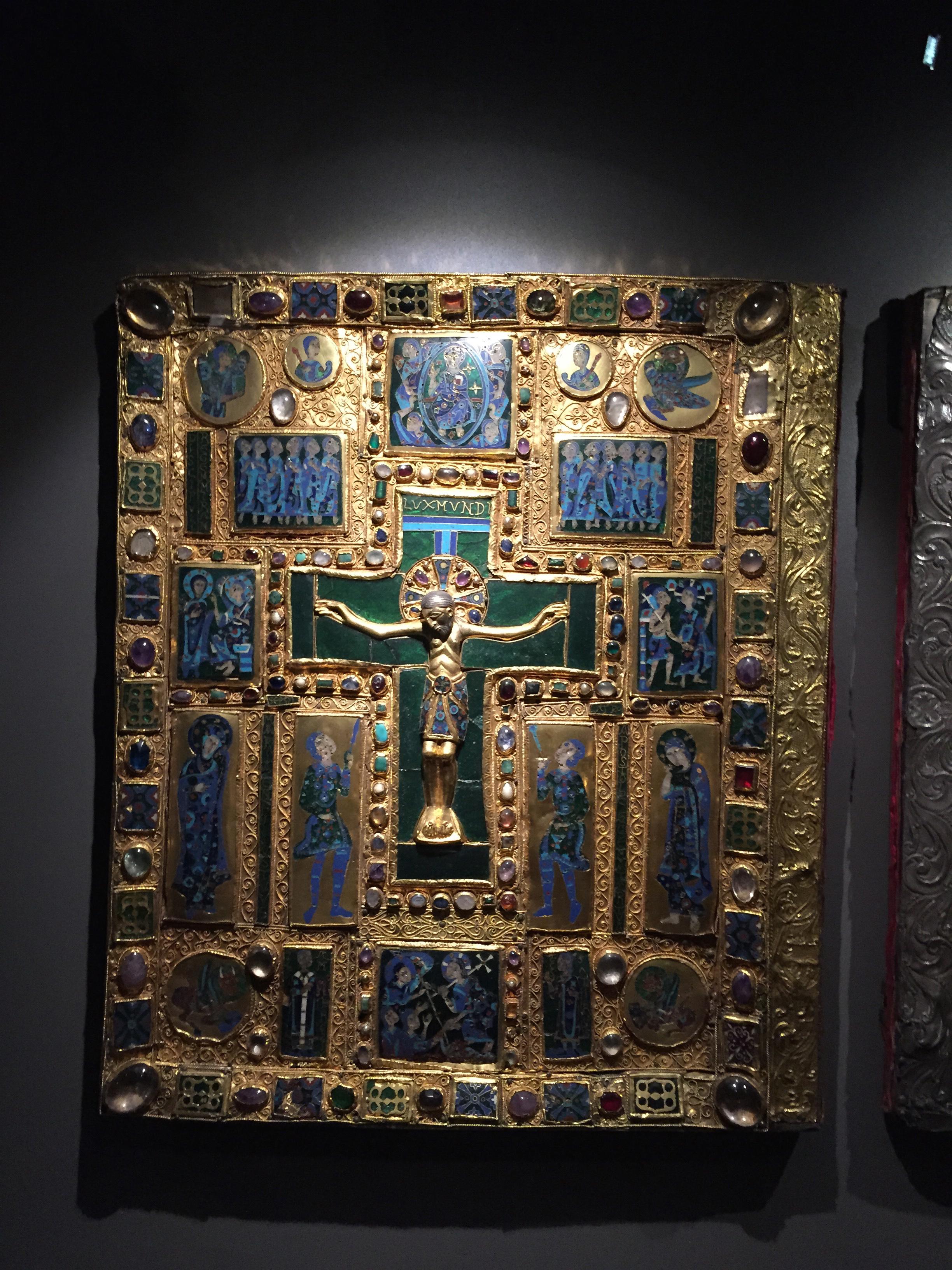 Duomo Museo gold book