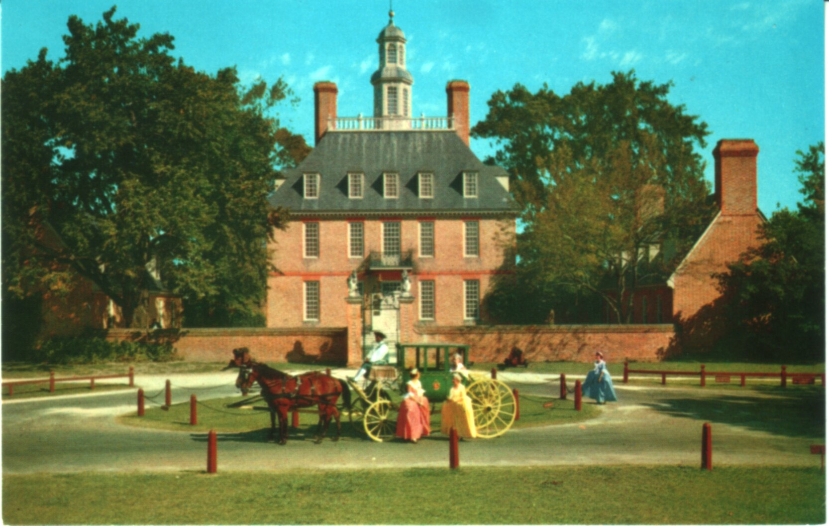 governor's palace, williamsburg virginia