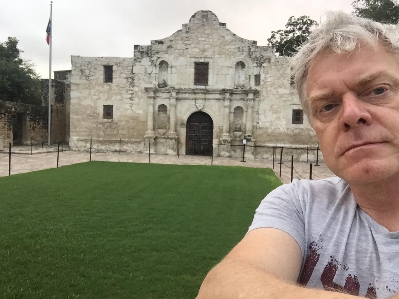 Alamo selfie