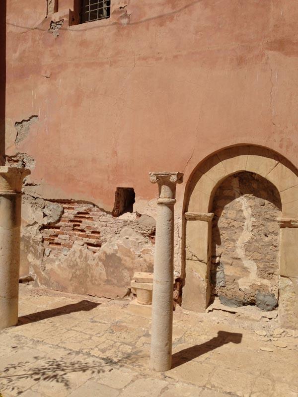 cols arches b