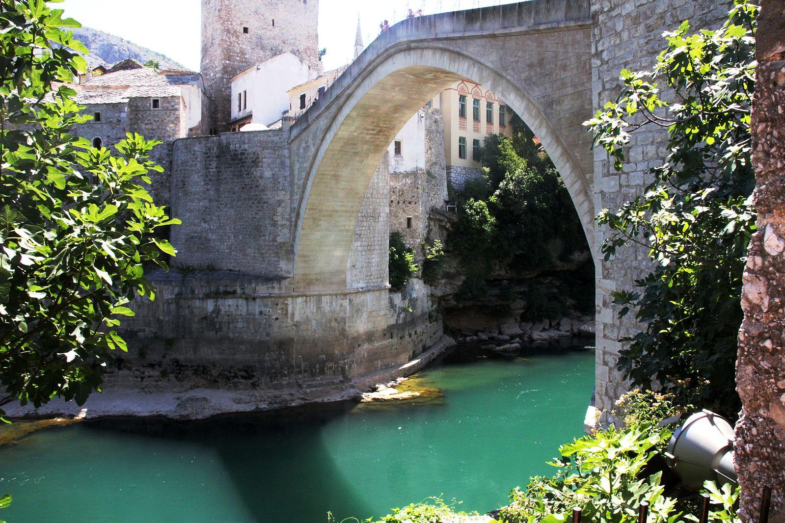 1599px-Bridge_Mostar