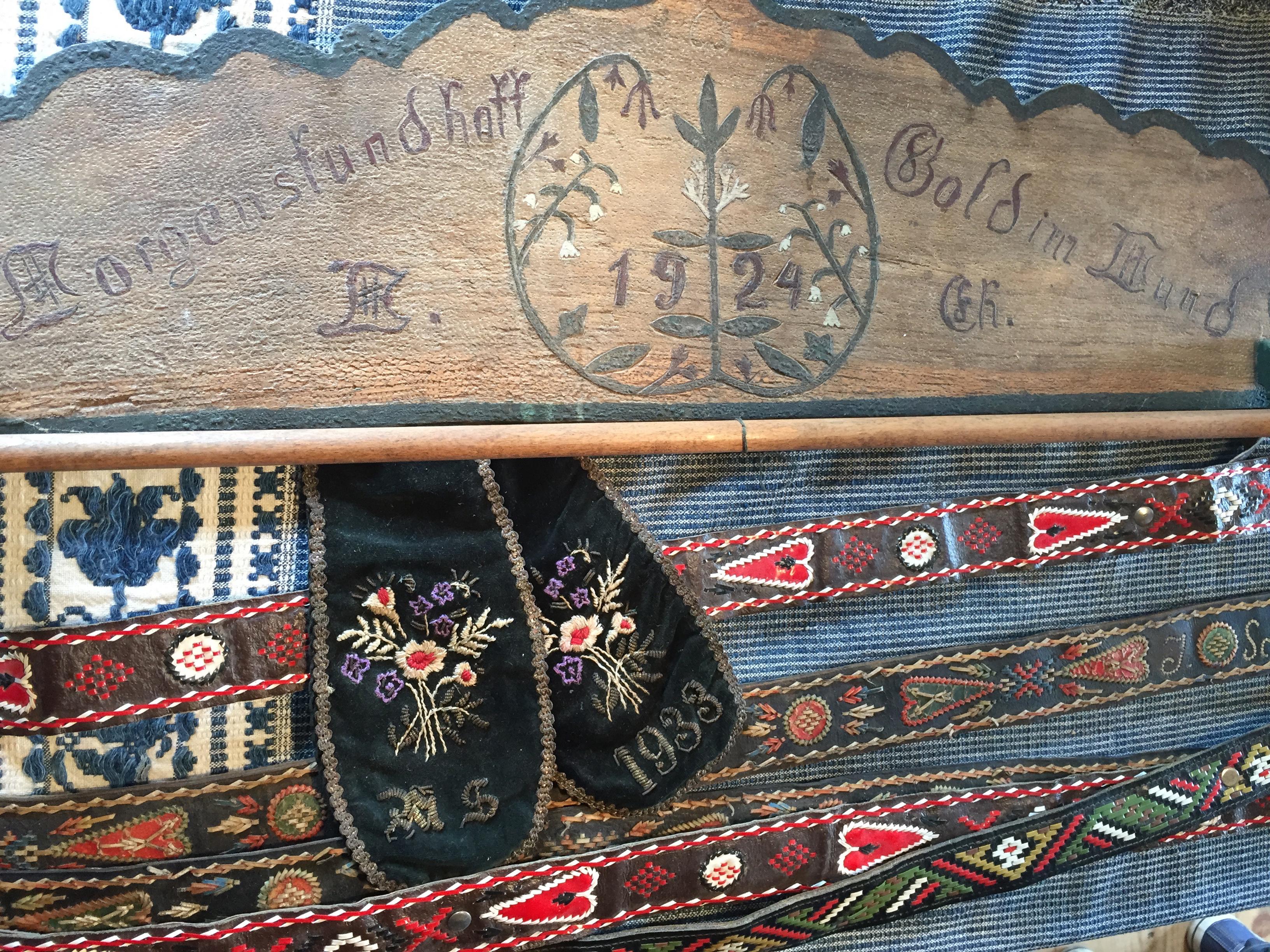 EVmusee artifacts dates