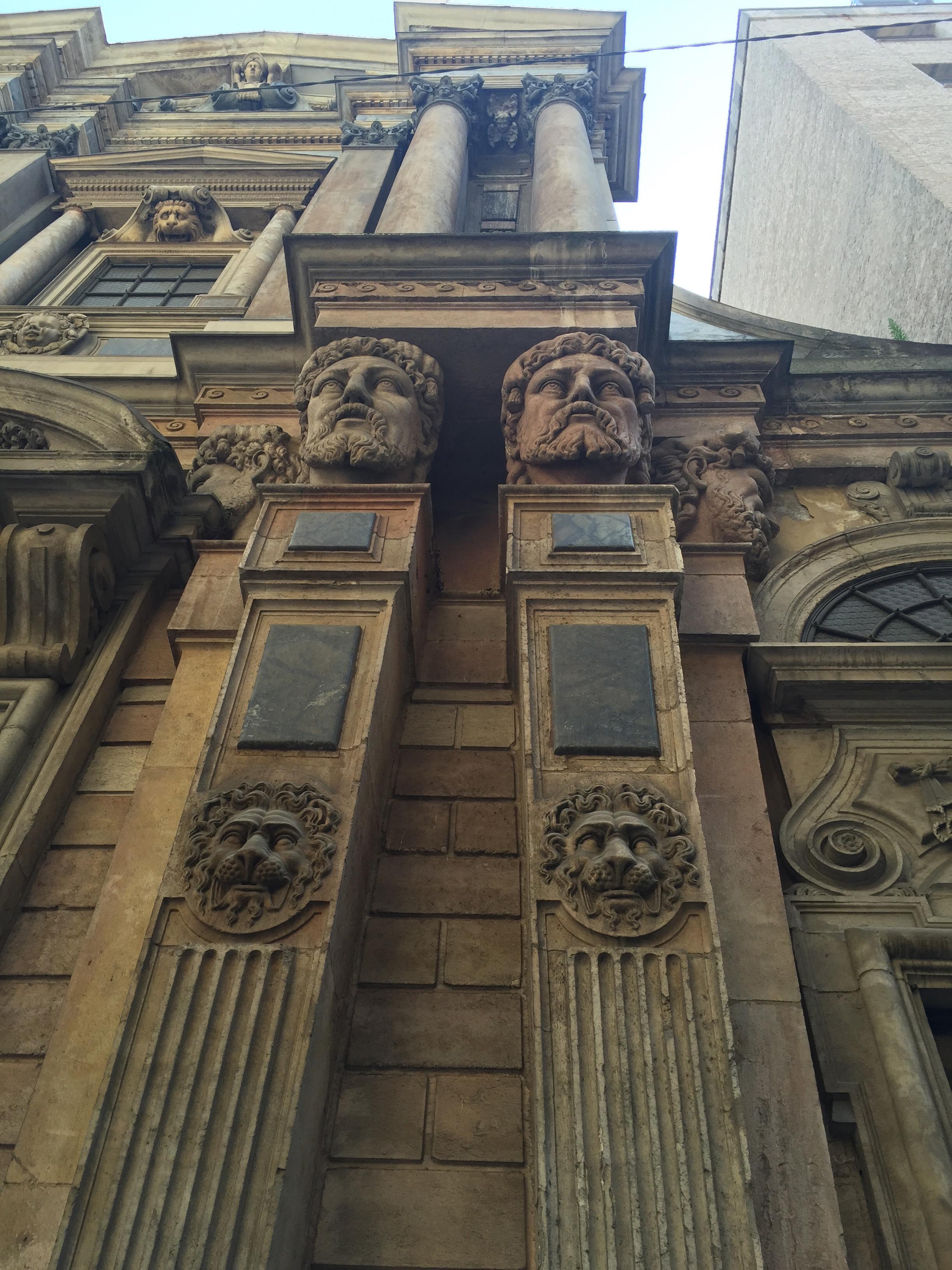 Barok Heads church cls